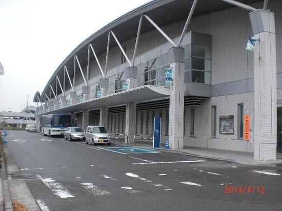 Matsuyama Kanko Port Terminal: zentai