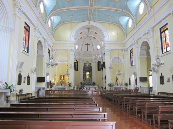 St. Lawrence's Church: 教会内部