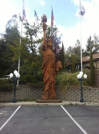 BEST WESTERN PLUS Yosemite Gateway Inn : Liberty ! ! !