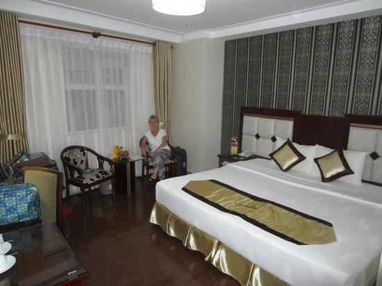 Signature Saigon Hotel : Our lovely room