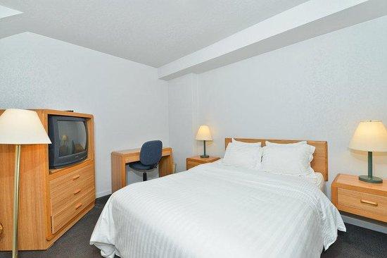 Lexington Inn: Queen Room