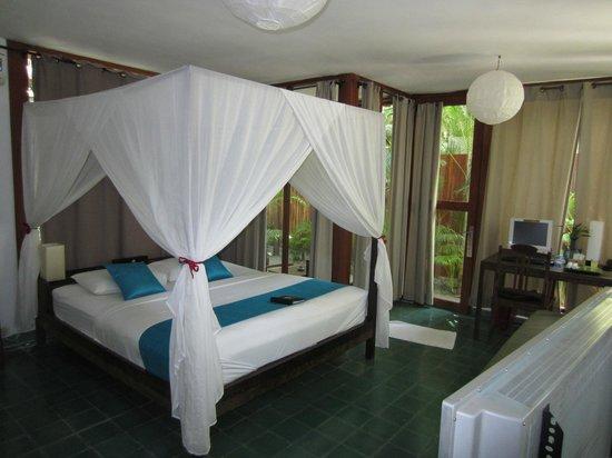 ذا بافيليون: Our lovely room