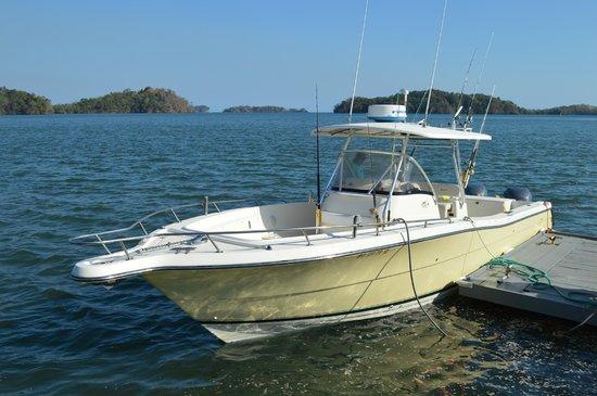Come Fish Panama: The boat