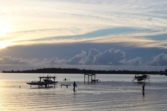 Bora Bungalove : The Sky