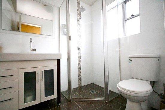 Station Hotel: Bathrooms