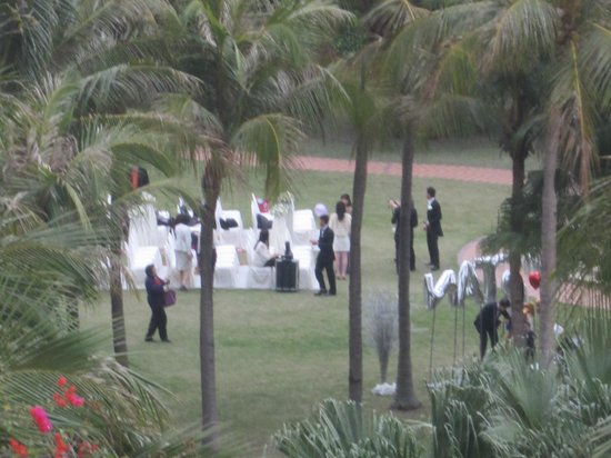 Hong Kong Gold Coast Hotel : Wedding party