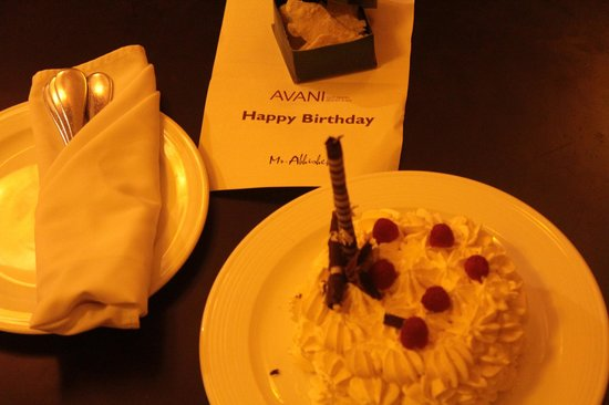 AVANI Quy Nhon Resort & Spa: birthday cake