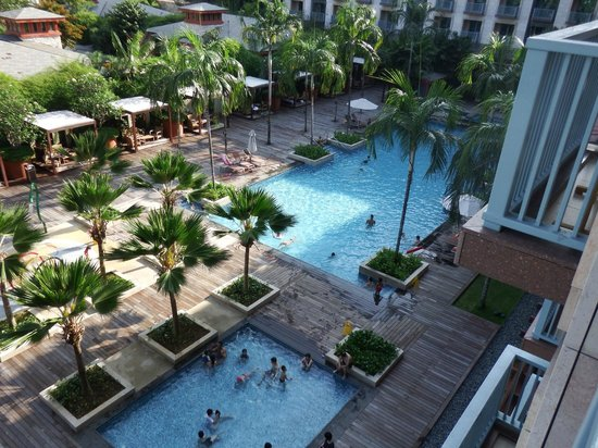 Resorts World Sentosa - Festive Hotel: View of the main pool from our balcony