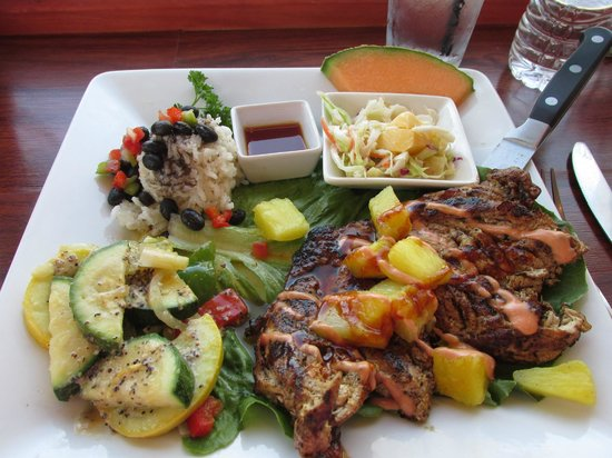 Fat Kahuna's Beach Side Grille: Pineapple chicken