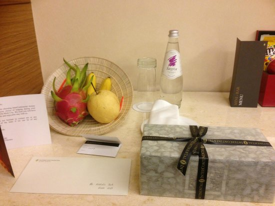 InterContinental Asiana Saigon: Our welcome gifts from the hotel