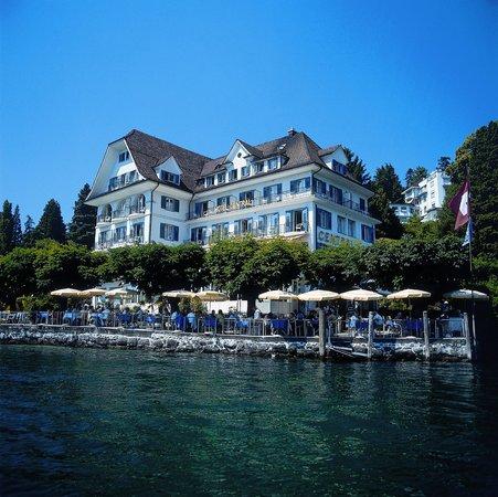 Uferpromenade Weggis: Hotel Central am See in Weggis