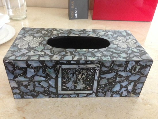 InterContinental Asiana Saigon: our beautiful gift - tissue box holder