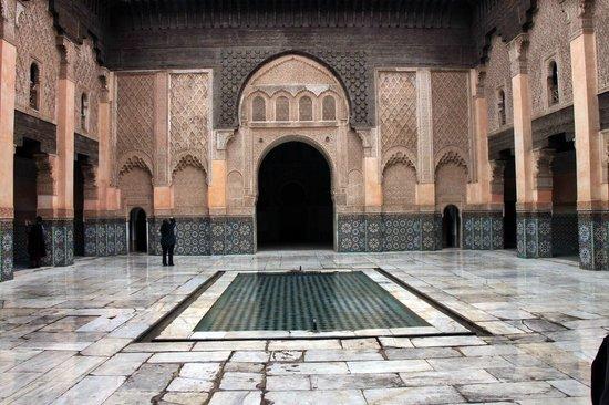 Ali Ben Youssef Medersa (Madrasa) : cour principale