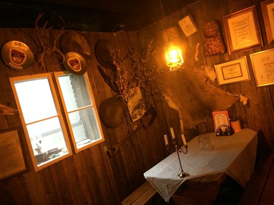 Restaurant Zetor: The country side interior