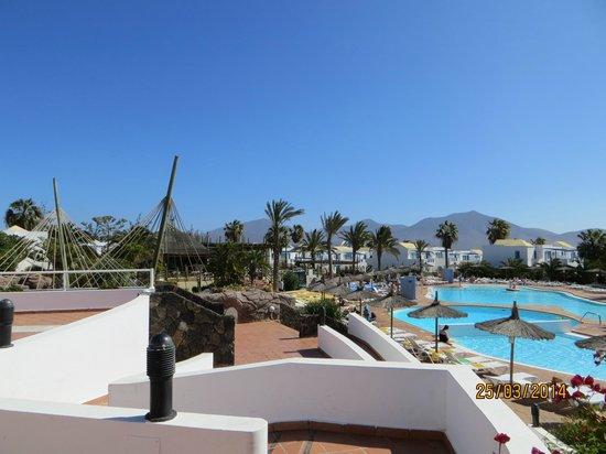 HL Paradise Island : vistas de la piscina