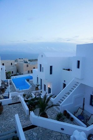 Oia's Sunset Apartments: breathless view!