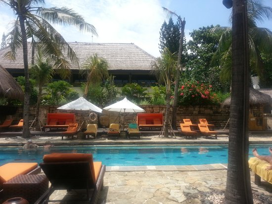 Novotel Bali Benoa: The Nirwana pool (on the other side of hotel)