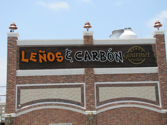 Lenos y Carbon : Lenos&Carbon..a Colombian steakhouse chain