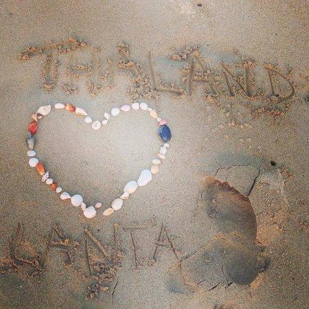 Lanta Castaway Beach Resort: Lanta Long beach