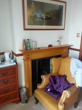 The Ship Inn: our room