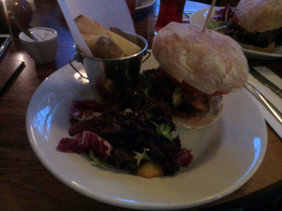 The Plough Inn: 2-4-1 burgers on Wednesday but could do with more chips!