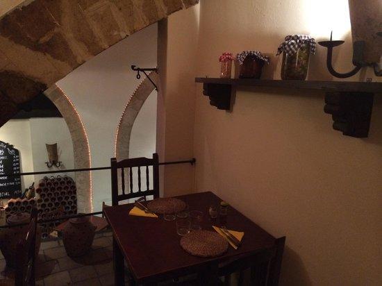 La Taberna del Caracol : Upstairs table
