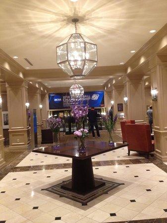 Sheraton Clayton Plaza Hotel St. Louis: Lobby