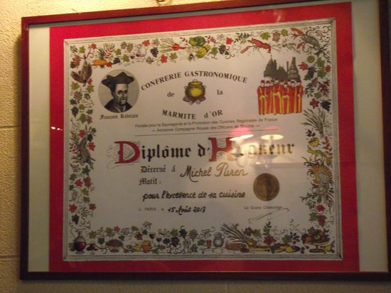 Auberge de la Reine Blanche: A good sign