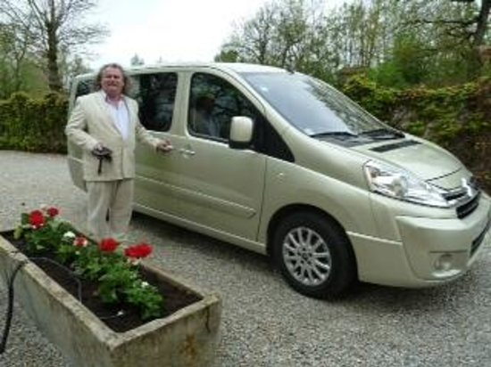 Fine Wine Tours : Our New Fully Air-conditioned  minivan