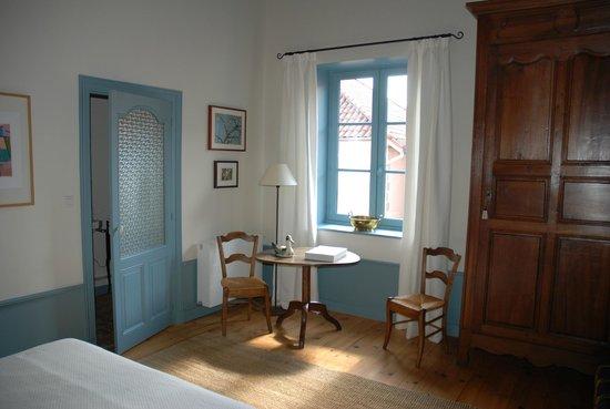 Demeure Bouquet : Chambre bleue