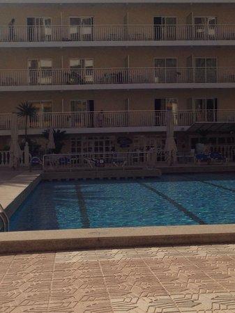 Servigroup Calypso: Poolside by calypso