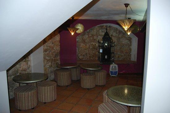 El Mudayyan: Salón de té