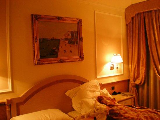 Starhotels Splendid Venice: ベットルーム