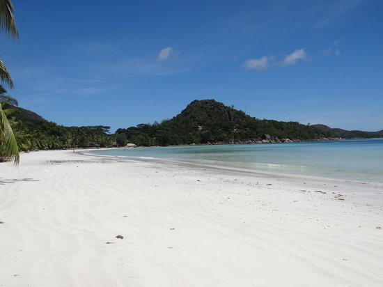 Berjaya Praslin Resort - Seychelles: Plage