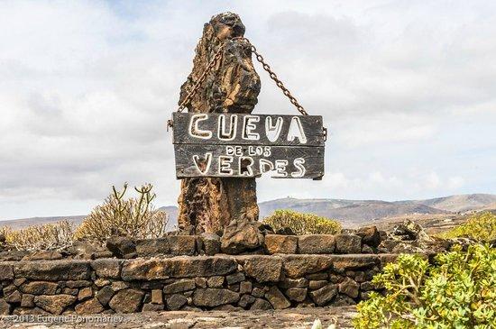 Cueva de los Verdes: У входа в пещеру