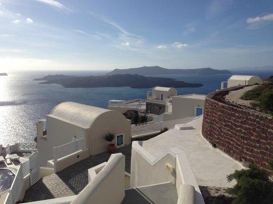 Celestia Grand : Отель и вид