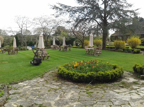 Passford House: One part of the gardens