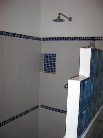 GM Granada Boutique Hostel: Bathroom