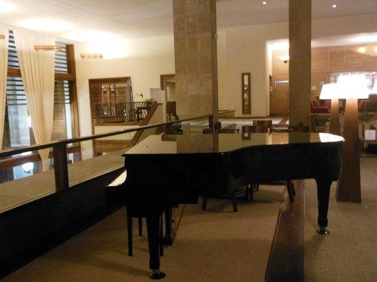 Hesperia Lanzarote : Piano - Bar