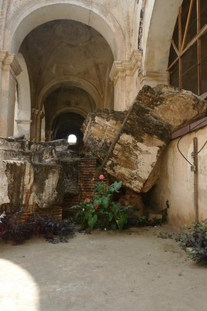 Antigua Tours, Travel & Hotels by Elizabeth Bell - Day Tours: Ruins