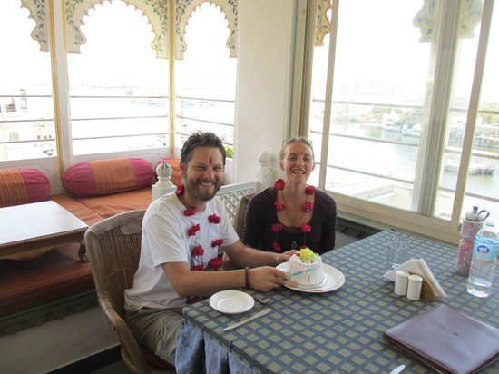 Mewar Haveli: Staff made me feel special on my birthday with a cake & a small celebration