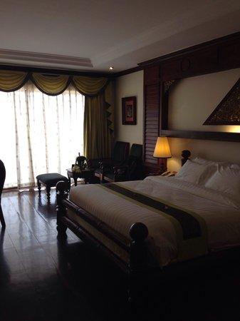 The Privilege Floor @Borei Angkor: Habitación muy amplia.
