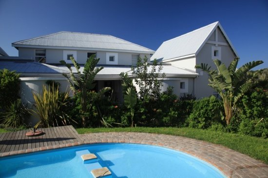 Cape St Francis Resort: Affordable one or two roomed apartments