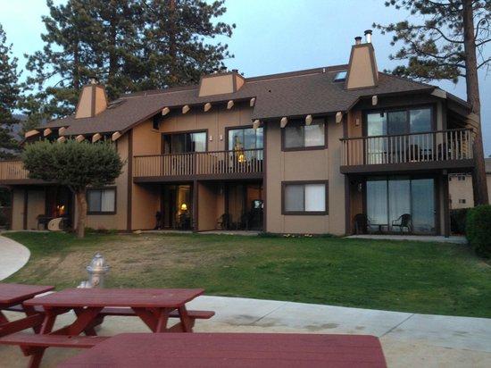 Tahoe Lakeshore Lodge and Spa: Notre Chambre au 1er