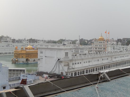 Templo Dorado: The Golden Temple  - view from hotel
