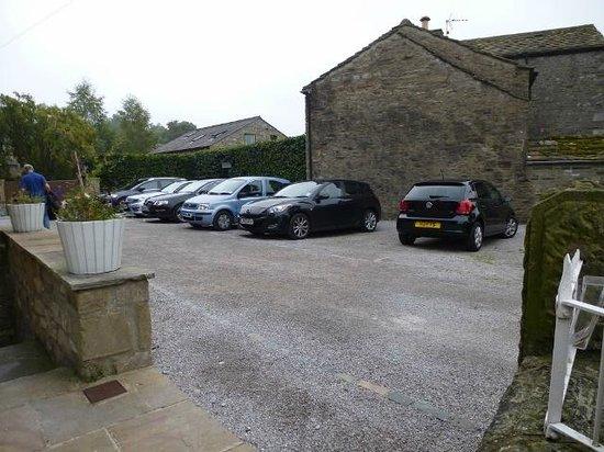 Grassington Lodge: Car Park