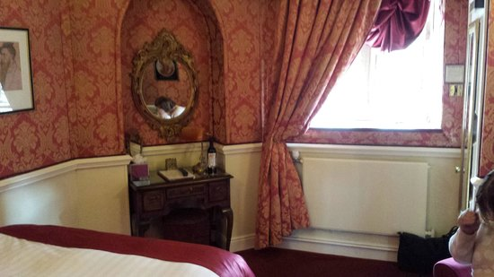 Lumley Castle Hotel: Our Courtyard Room