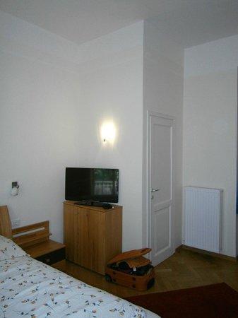 Residence Diana: TV