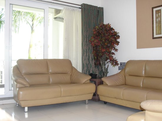 The Orchard Resort: Living room