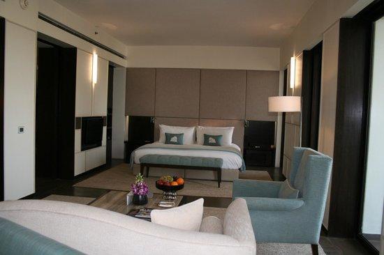 The Lodhi : Deluxe Premier room